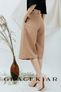 S0250 Pleated Wide Leg Midi Pants