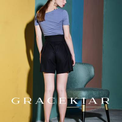 P0107 Pleated A-line shorts
