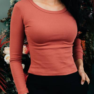 T0857 Basic Fitted Long Sleeve Top