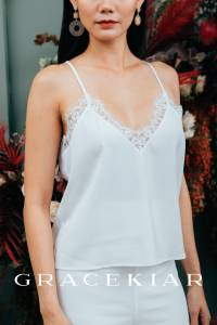 T0852 Laced V neckline camisole