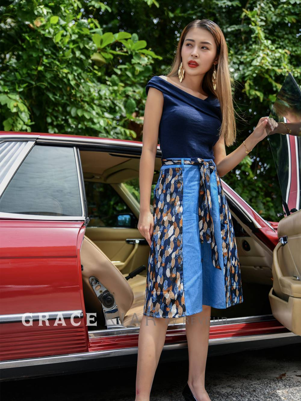 S0198 Front Button Floral Jeans Skirt