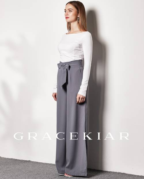 LP0127 Straight cut pants with slit on side