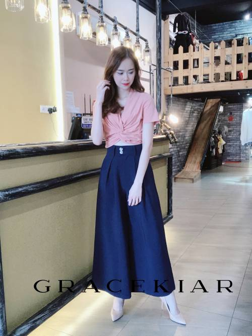 LP0133 A-Line Inverted Pleats Pants