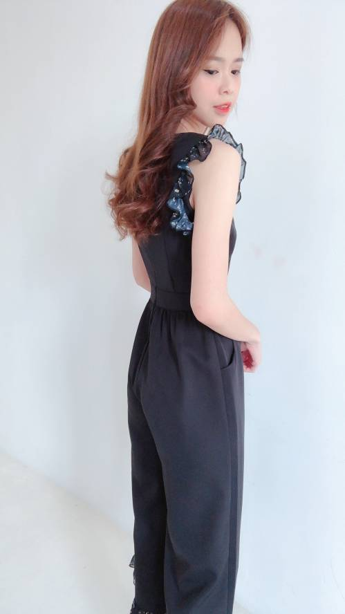 J0191 V-neck Floral Jumpsuit